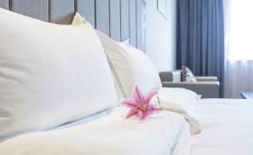hotel rooms hr