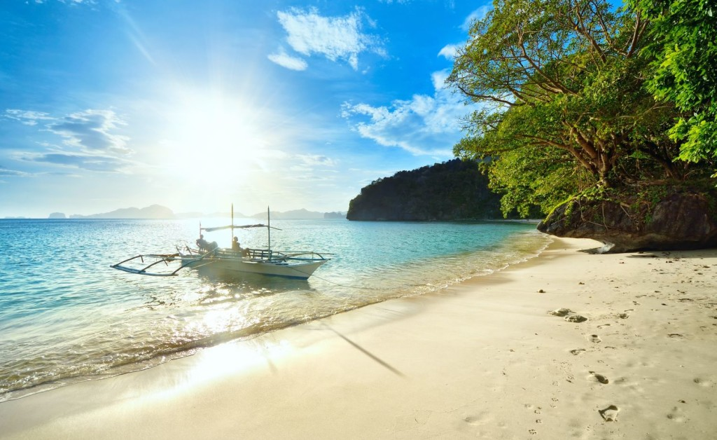Filipini Nido Bay b Softlight69 123rf beach