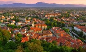 Credits: Ljubljana by Skywong/123RF