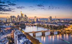 Credits. Frankfurt by SeanPavone/123RF