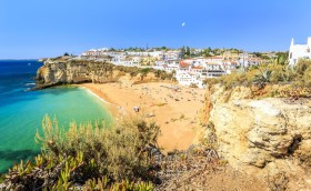 Credits. Algarve/Calvoeira/Majalski/Can Stock Photos