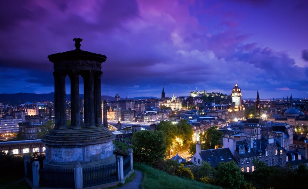 credits: Edinburgh by JRPIX/Can stock photo